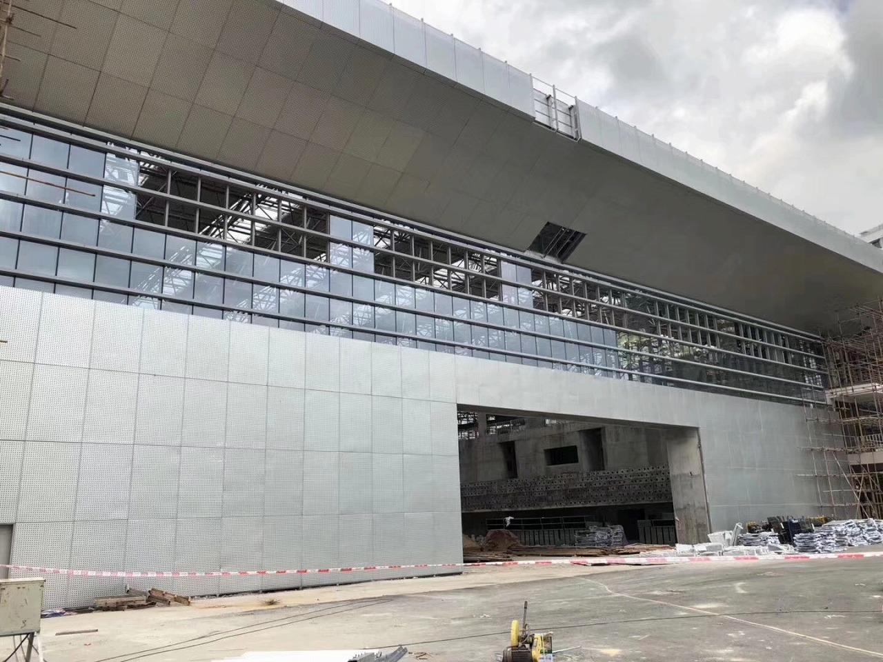 钢结构工程案例:集美大学体育馆网架工程
